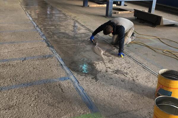 Bodenschleiftechnik-Sanierung-Stallboden-Industrie (3)